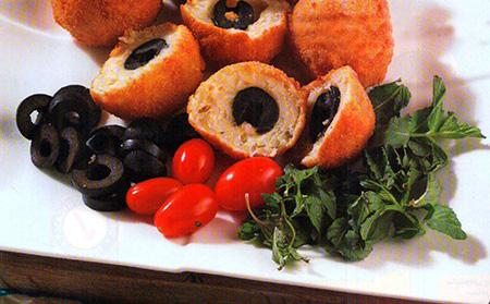 طرز تهیه پیراشکی پنیر و زیتون/ خوراکیهای مناسب برای زنگ تفریح!/ عصرانه خوشمزه!