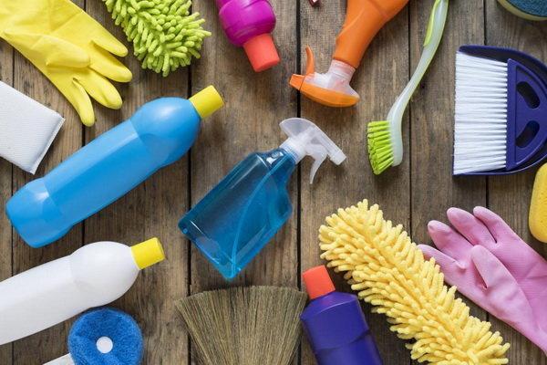 استفاده از محصولات تمیز کننده ایمن