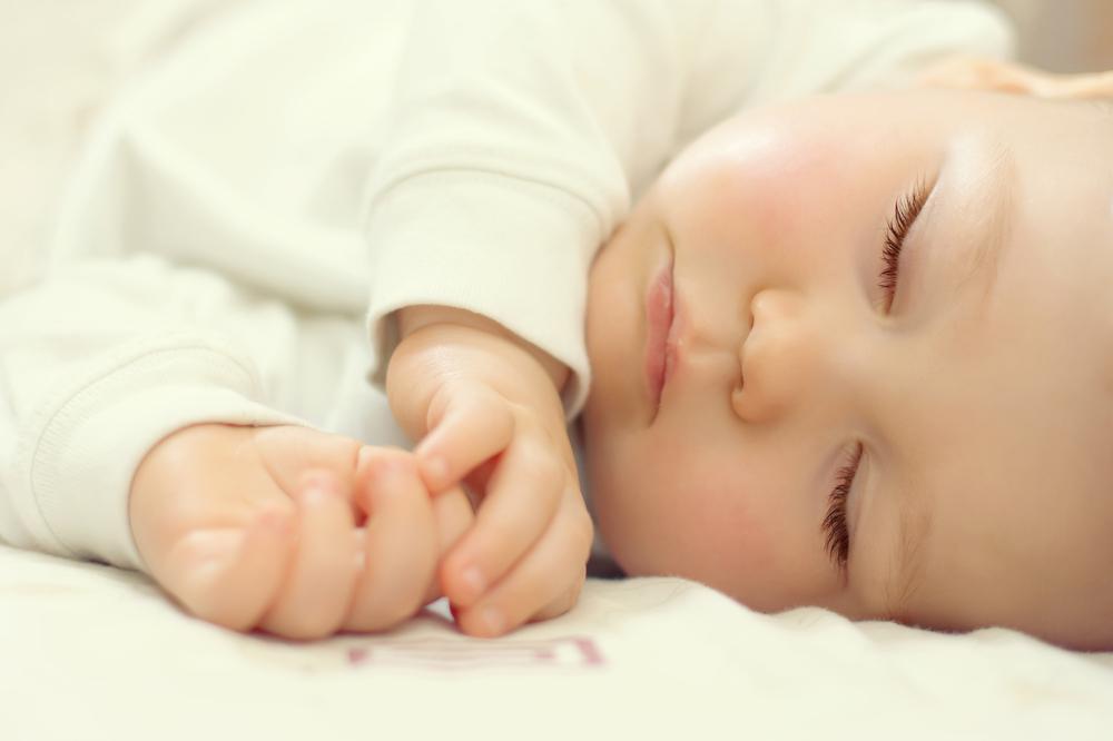 چالش های آموزش نوزاد برای خواب شبانه