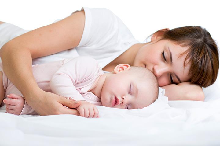 فواید خوابیدن همراه با کودک
