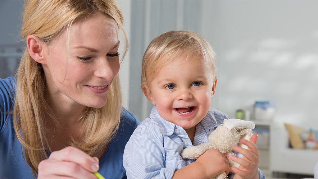 10 سرگرمی برای کودک تازه متولد شده