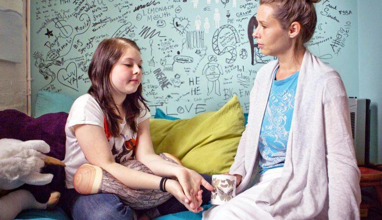 4 مرحله از چرخه قاعدگی دختران؛ چه موقع باید در رابطه با قاعدگی دخترتان نگران شوید