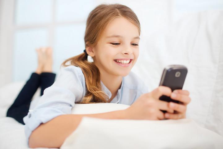 تاثیرات مضر و بد تلفن همراه بر روی کودکان