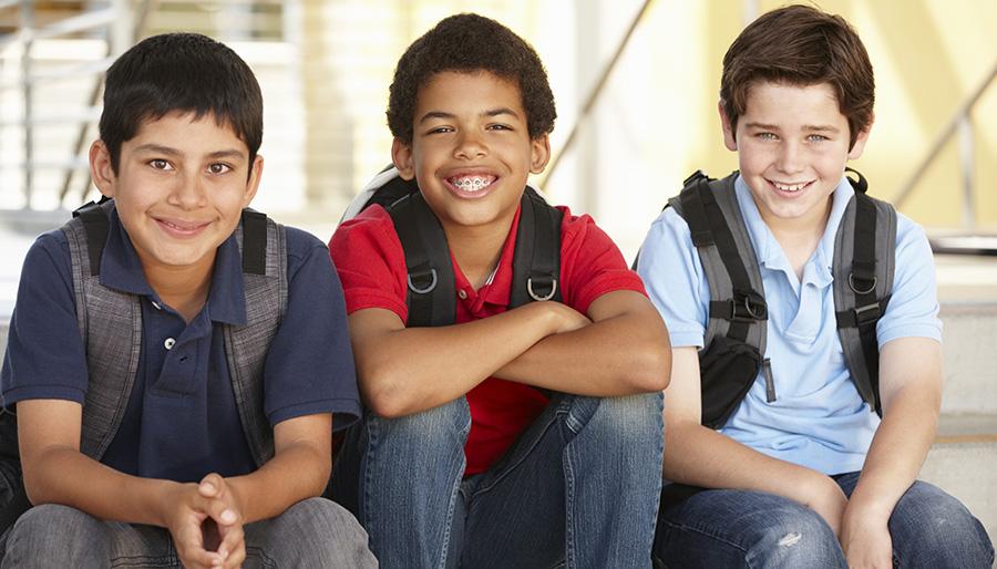بررسی مرحل بلوغ در پسران نوجوان