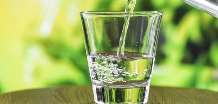 شما هنگام شیردادن به کودک، چقدر آب می نوشید؟