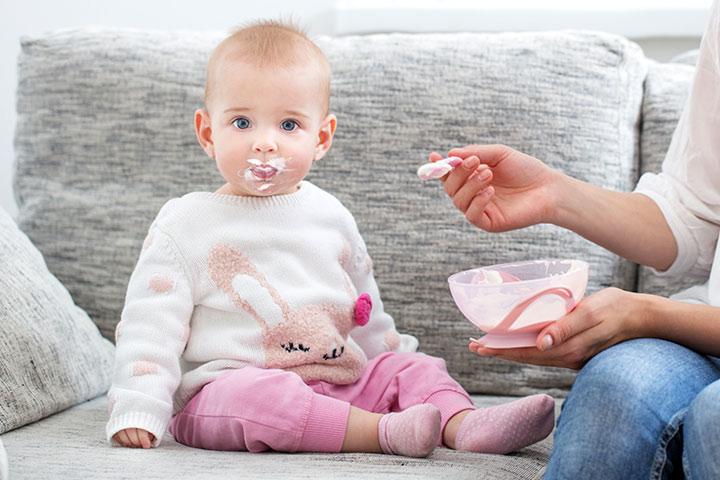 چرا نباید شیر مادر را با شیر گاو جایگزین کرد؟