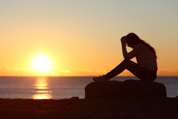از دست دادن کسی که دوستش دارید، باعث شکستن قلب می شود، اما پایان دنیا نیست.