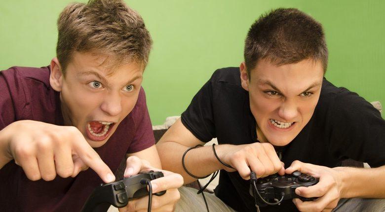 اثرات مثبت و منفی بازیهای ویدئویی بر نوجوانان و علائم اعتیاد به آن