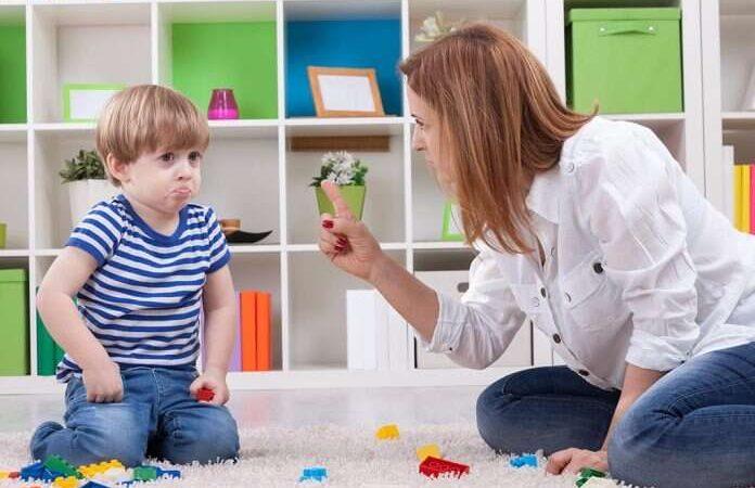 آموزش عدر خواهی کردن به کودکان