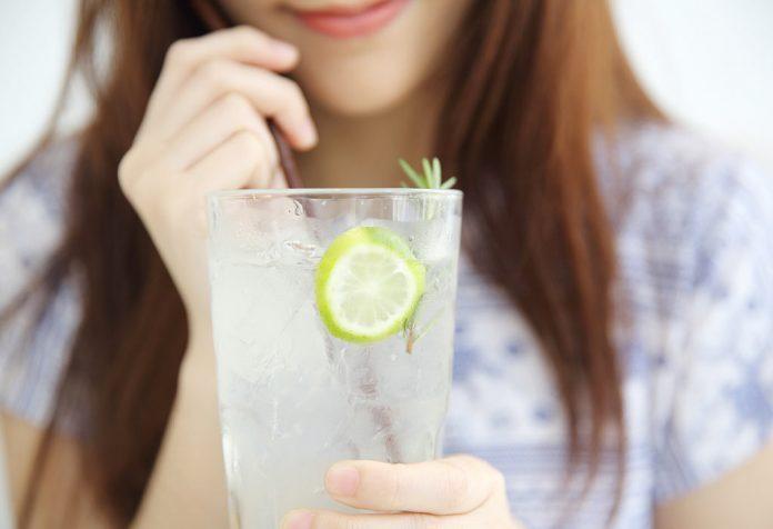 فواید نوشیدن آبلیمو در حین شیردهی