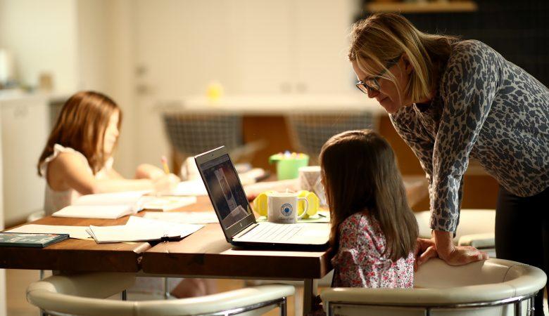 10 مهارت زندگی که مادران شاغل باید بدانند