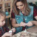 """آموزش ساخت 6 کاردستی زیبا و جالب با """"خمیر بازی یا گل رس"""" برای کودکان"""
