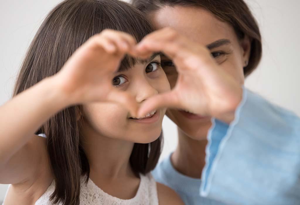 با کودکتان در مورد همدلی صحبت کنید