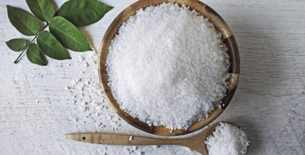 نحوه مصرف نمک اپسوم برای درمان یبوست و خطرات استفاده از آن