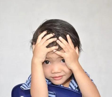 تشخیص گودی های تیره زیر چشم در کودکان
