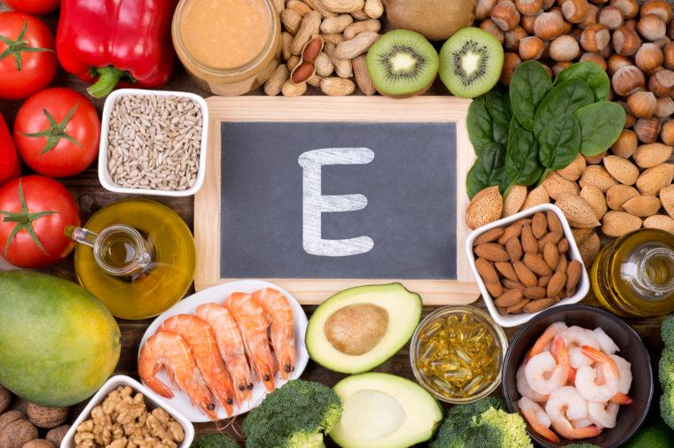 ویتامین ای (E)