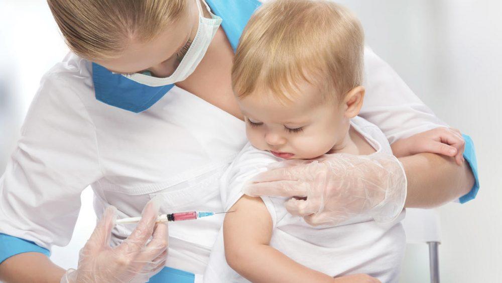 تسکین و کاهش درد واکسن نوزاد