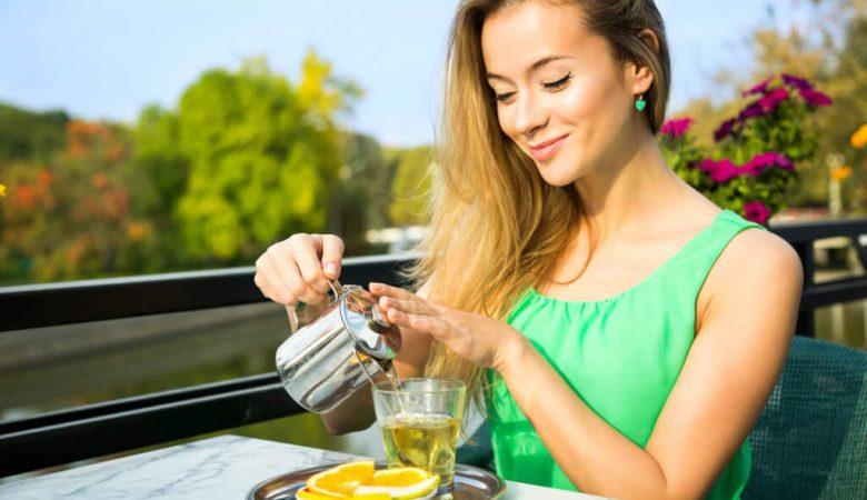 نوشیدن چای ترنج