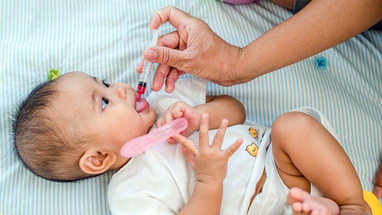 کاهش درد واکسن نوزاد و تاینلول