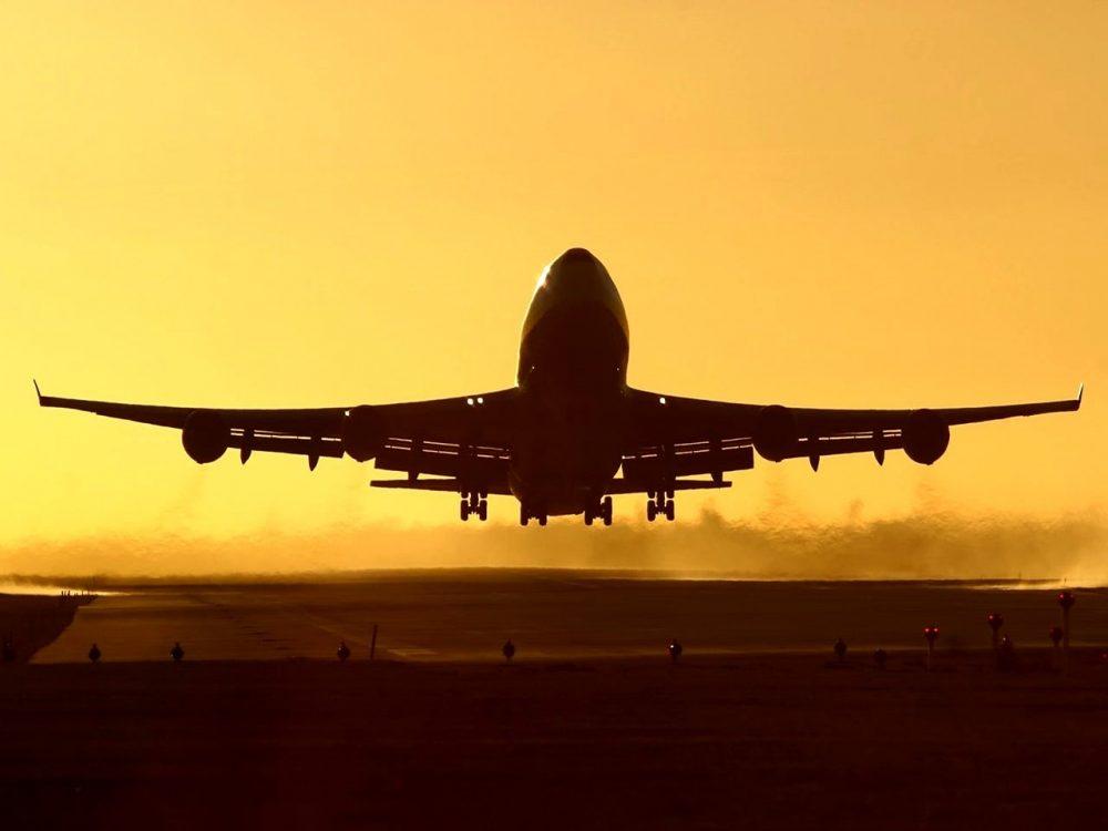مزایا و معایب استفاده از پروازهای کانکشنی