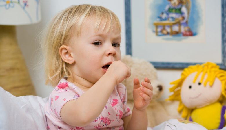 درمان سرفه در کودکان نوپا