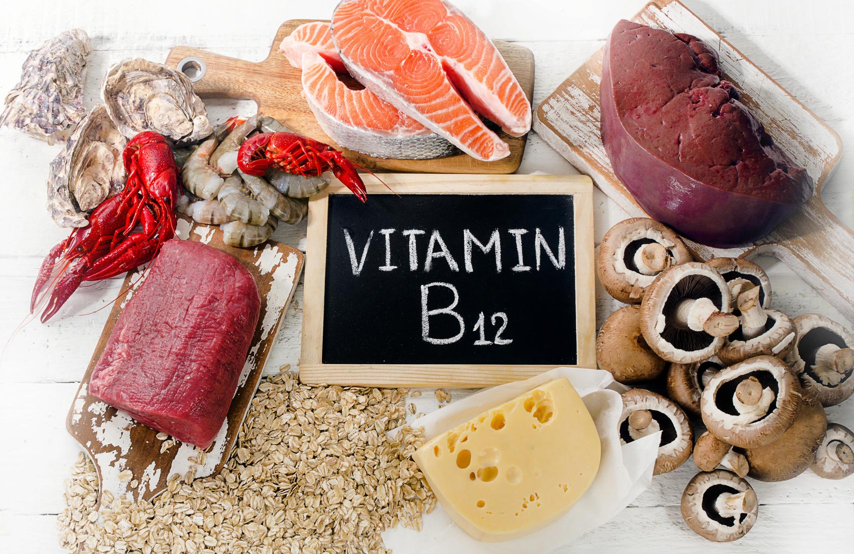 عوارض ویتامین b12