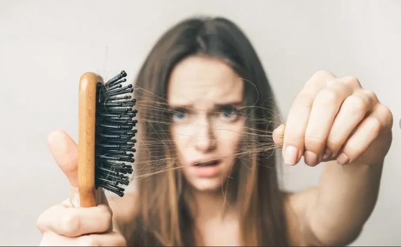 دلایل ریزش موها پس از زایمان