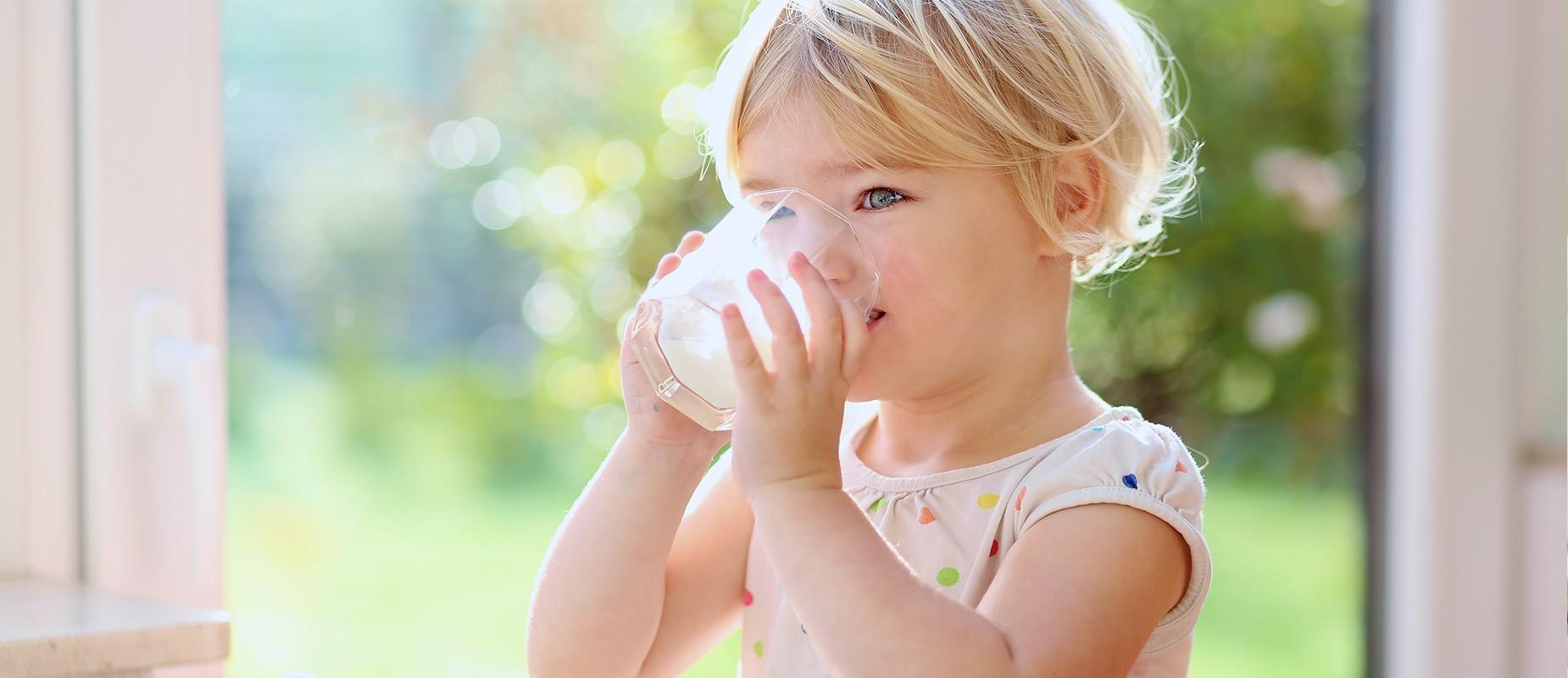 خواص شیر برای کودکان که سلامت قلب را ارتقا می دهد