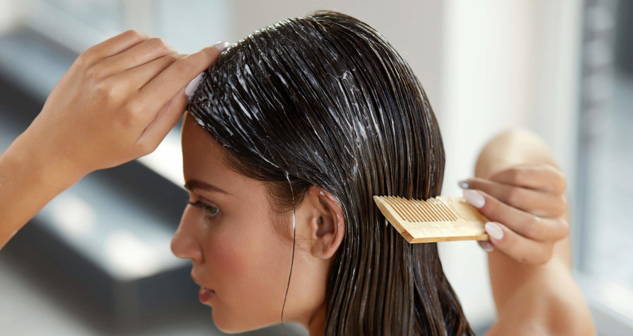 ماسک مو برای موهای چرب رزماری و نعناع