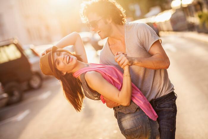 چرا شوهرم بهم نمیگه دوستت دارم چون هنوز معنی عشق را نمی داند