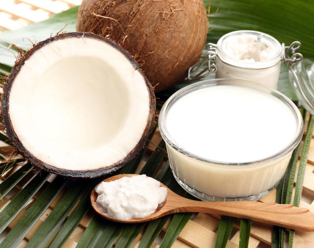 مواد لازم برای ماسک مو خانگی شیر نارگیل و ماست